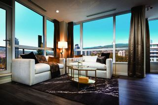 Photo 4: 3096 Windsor Gate in Coquitlam: Condo for sale
