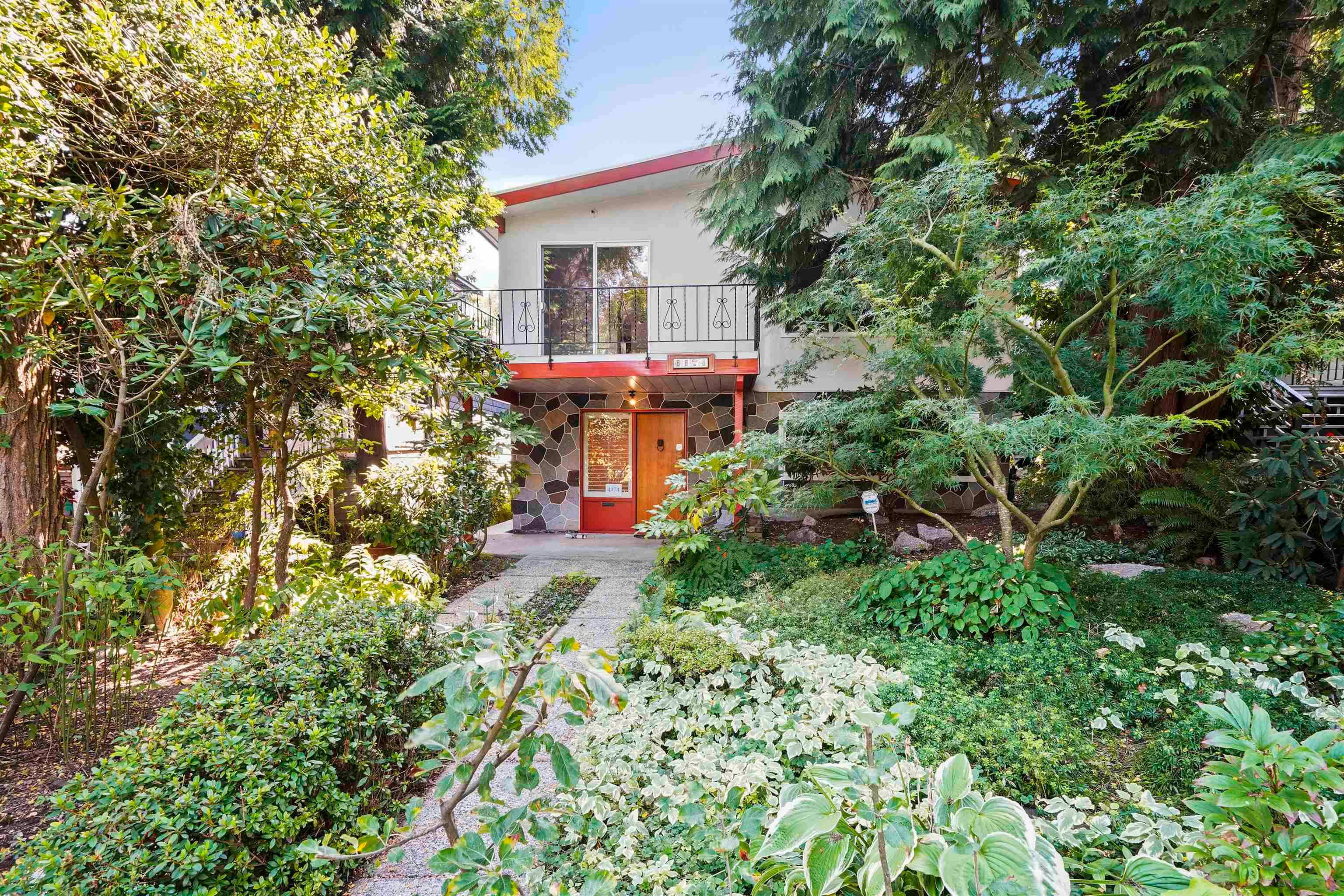 Main Photo: 4174 W 12TH Avenue in Vancouver: Point Grey House for sale (Vancouver West)  : MLS®# R2611145
