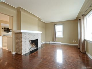 Photo 2: 4298 Glanford Ave in VICTORIA: SW Northridge House for sale (Saanich West)  : MLS®# 770521