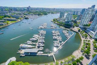 """Photo 33: 3807 1033 MARINASIDE Crescent in Vancouver: Yaletown Condo for sale in """"Quaywest"""" (Vancouver West)  : MLS®# R2585346"""