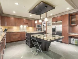 Photo 9: 5725 HOLLAND Street in Vancouver: Southlands House for sale (Vancouver West)  : MLS®# R2206914
