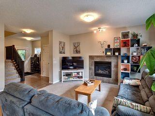 Photo 2: 10 Mount Rae Terrace: Okotoks Detached for sale : MLS®# A1118481