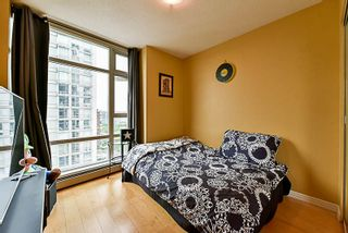 Photo 7: 2001 1199 MARINASIDE CRESCENT in Vancouver: Yaletown Condo for sale (Vancouver West)  : MLS®# R2202807