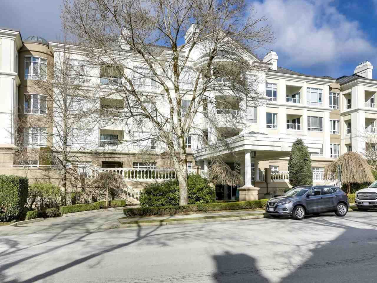 """Main Photo: 432 5735 HAMPTON Place in Vancouver: University VW Condo for sale in """"The Bristol"""" (Vancouver West)  : MLS®# R2541158"""