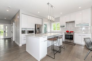 Photo 11: 9656 81 Avenue in Edmonton: Zone 17 House for sale : MLS®# E4248903