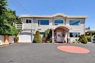 Photo 2: 15585 PACIFIC AVENUE: White Rock House for sale (South Surrey White Rock)  : MLS®# R2370095