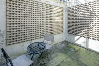 """Photo 18: 14 1863 WESBROOK Mall in Vancouver: University VW Townhouse for sale in """"Esse"""" (Vancouver West)  : MLS®# R2354042"""
