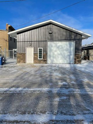Photo 1: 121 South Railway Street in Balgonie: Commercial for sale : MLS®# SK837828