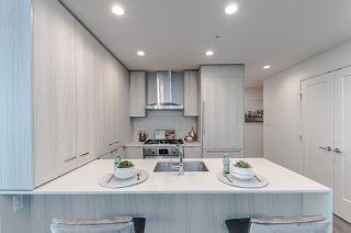 """Photo 5: 3501 2311 BETA Avenue in Burnaby: Brentwood Park Condo for sale in """"Lumina Waterfall"""" (Burnaby North)  : MLS®# R2582193"""