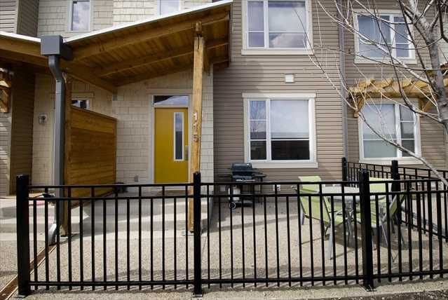 Main Photo: 115 CHAPALINA Square SE in CALGARY: Chaparral Townhouse for sale (Calgary)  : MLS®# C3472545