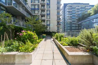 """Photo 29: 501 1708 COLUMBIA Street in Vancouver: False Creek Condo for sale in """"WALL CENTRE FALSE CREEK"""" (Vancouver West)  : MLS®# R2603692"""