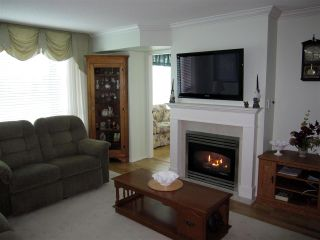 """Photo 4: 601 12148 224 Street in Maple Ridge: East Central Condo for sale in """"PANORAMA"""" : MLS®# R2158878"""