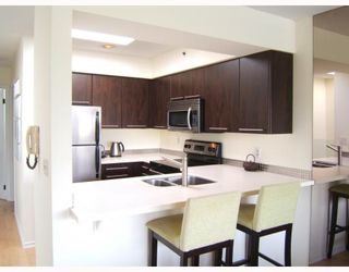 """Photo 5: 7 973 W 7TH Avenue in Vancouver: Fairview VW Townhouse for sale in """"FAIRVIEW"""" (Vancouver West)  : MLS®# V748491"""