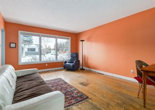 Photo 5: 5904 Lockinvar Road SW in Calgary: Lakeview Detached for sale : MLS®# A1076389