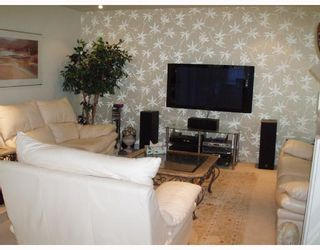 "Photo 2: 201 1736 W 10TH Avenue in Vancouver: Fairview VW Condo for sale in ""MONTE CARLO"" (Vancouver West)  : MLS®# V708773"