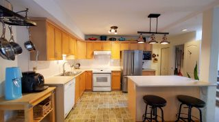 """Photo 3: 11 39754 GOVERNMENT Road in Squamish: Northyards Townhouse for sale in """"Maple Tree Court"""" : MLS®# R2562996"""