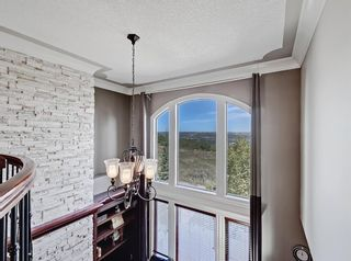 Photo 17: 18 Coulee View SW in Calgary: Cougar Ridge Detached for sale : MLS®# A1145614
