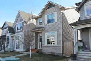 Photo 2: 629 McDonough Link in Edmonton: Zone 03 House for sale : MLS®# E4241883