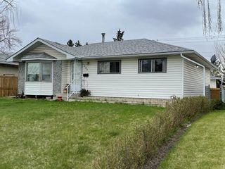 Photo 2: 1528 45 Street SE in Calgary: Forest Lawn Detached for sale : MLS®# A1106262