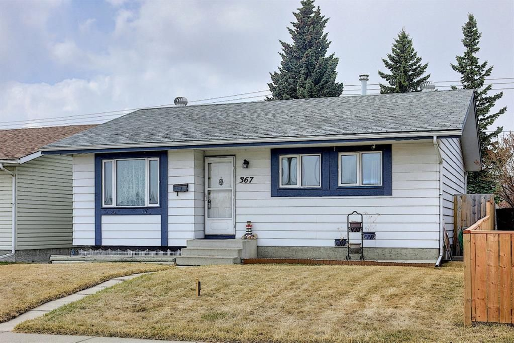 Main Photo: 367 Maitland Crescent NE in Calgary: Marlborough Park Detached for sale : MLS®# A1093291