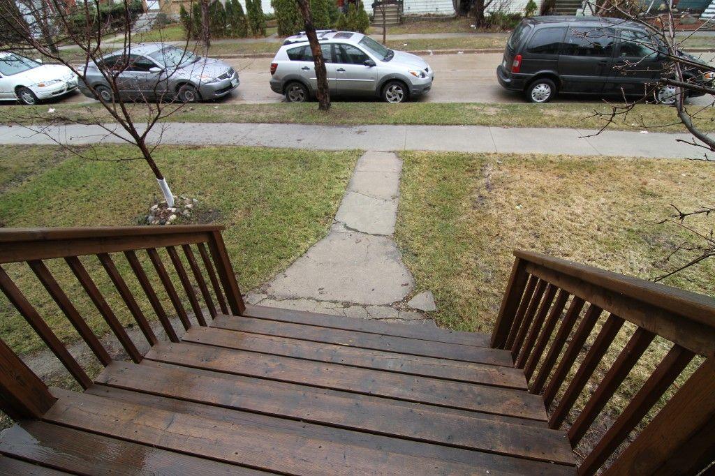 Photo 2: Photos: 532 Telfer Street South in Winnipeg: Wolseley Single Family Detached for sale (West Winnipeg)  : MLS®# 1307814