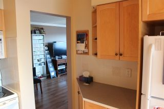 """Photo 12: 407 31955 OLD YALE Road in Abbotsford: Abbotsford West Condo for sale in """"Evergreen Village"""" : MLS®# R2415695"""