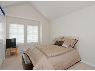 """Photo 7: 86 8250 209B Street in Langley: Willoughby Heights Townhouse for sale in """"OUTLOOK"""" : MLS®# F1404078"""