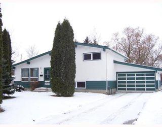 Photo 1: 8 VENUS Bay in WINNIPEG: Fort Garry / Whyte Ridge / St Norbert Residential for sale (South Winnipeg)  : MLS®# 2821718