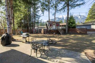 "Photo 17: 41755 REID Road in Squamish: Brackendale House for sale in ""BRACKENDALE"" : MLS®# R2445526"
