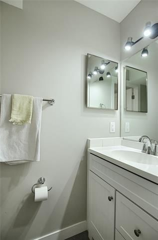 Photo 20: 18 23 GLAMIS Drive SW in Calgary: Glamorgan Row/Townhouse for sale : MLS®# C4293162