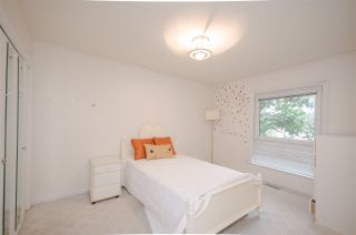 """Photo 17: 7960 GOLDSTREAM Place in Richmond: Broadmoor House for sale in """"MAPLE LANE"""" : MLS®# R2054076"""