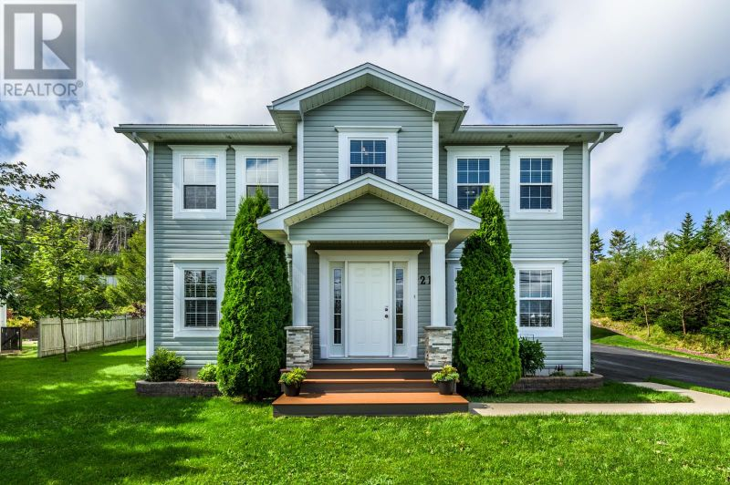 FEATURED LISTING: 21 Camrose Drive Paradise