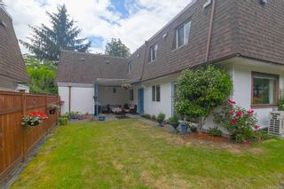 Photo 1: 26 3208 Gibbins Rd in : Du West Duncan Row/Townhouse for sale (Duncan)  : MLS®# 878378