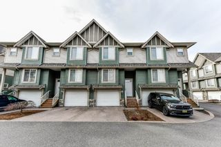 """Photo 1: 54 6498 SOUTHDOWNE Place in Sardis: Sardis East Vedder Rd Townhouse for sale in """"VILLAGE GREEN"""" : MLS®# R2340910"""