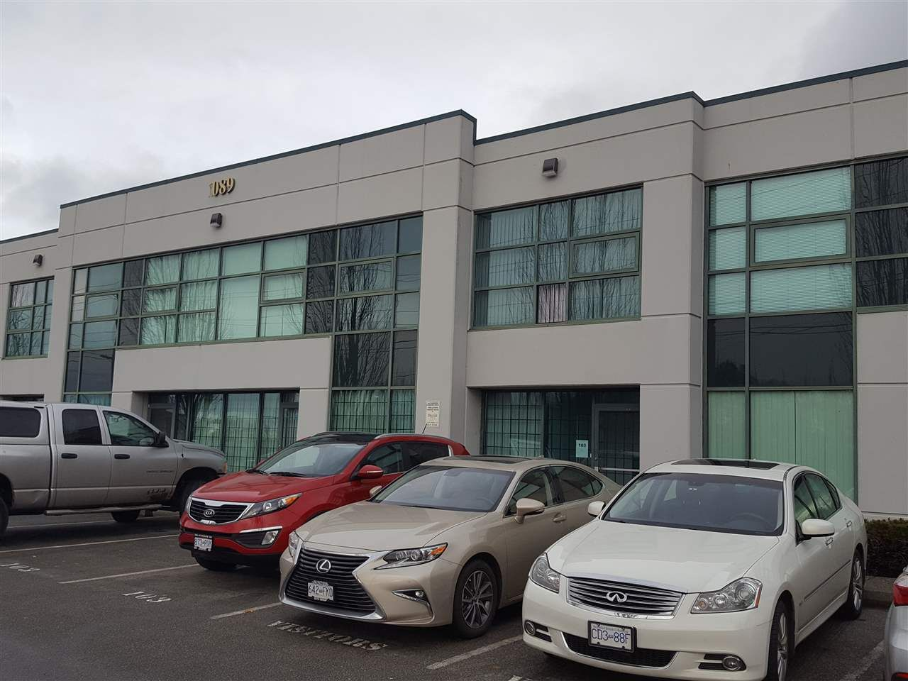 Main Photo: 103 1089 E KENT Avenue in Vancouver: South Vancouver Industrial for lease (Vancouver East)  : MLS®# C8009580