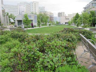 """Photo 17: 302 929 W 16TH Avenue in Vancouver: Fairview VW Condo for sale in """"OAKVIEW GARDEN"""" (Vancouver West)  : MLS®# V1122084"""