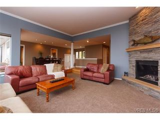 Photo 14: 808 Bexhill Pl in VICTORIA: Co Triangle House for sale (Colwood)  : MLS®# 628092