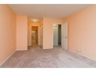 """Photo 13: 60 8889 212 Street in Langley: Walnut Grove Townhouse for sale in """"GARDEN TERRACE"""" : MLS®# R2213745"""