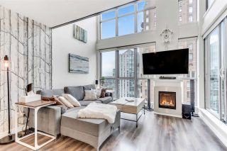 "Photo 2: 1602 1238 RICHARDS Street in Vancouver: Yaletown Condo for sale in ""The Metropolis"" (Vancouver West)  : MLS®# R2517666"
