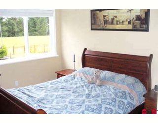 "Photo 6: 202 DAVIS in Langley: Aldergrove Langley House for sale in ""Springfield Village"" : MLS®# F2800953"