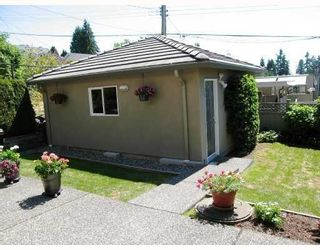 Photo 10: 307 E 28TH ST in North Vancouver: House for sale : MLS®# V727098