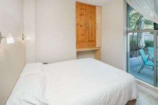 """Photo 15: 105 928 RICHARDS Street in Vancouver: Yaletown Townhouse for sale in """"SAVOY"""" (Vancouver West)  : MLS®# R2188687"""