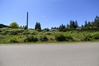 Photo 9: 2267 Seabank Rd in : CV Courtenay North Land for sale (Comox Valley)  : MLS®# 876071