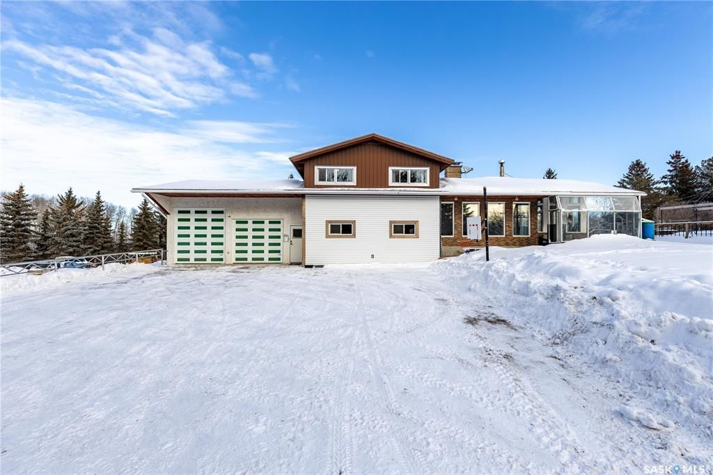 Main Photo: High Point Acreage in Corman Park: Residential for sale (Corman Park Rm No. 344)  : MLS®# SK840061