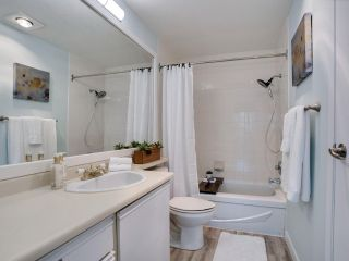 """Photo 21: 24 1345 W 4TH Avenue in Vancouver: False Creek Townhouse for sale in """"Granville Island Village"""" (Vancouver West)  : MLS®# R2564890"""