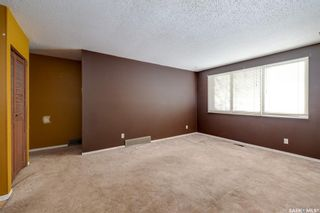 Photo 2: 1617 Bradwell Avenue in Saskatoon: Forest Grove Residential for sale : MLS®# SK846491