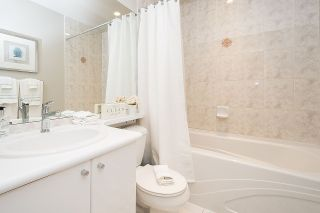 Photo 12: 2104 1239 W GEORGIA STREET in Vancouver: Coal Harbour Condo for sale (Vancouver West)  : MLS®# R2195458