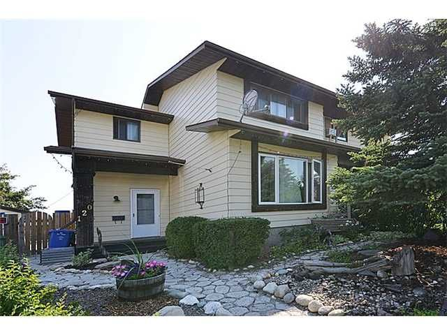 Main Photo: 120 ABOYNE Place NE in CALGARY: Abbeydale Residential Attached for sale (Calgary)  : MLS®# C3629210