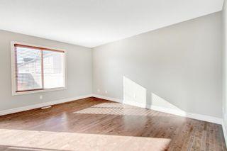 Photo 5: 3924 6 Street in Edmonton: Zone 30 House Half Duplex for sale : MLS®# E4264000