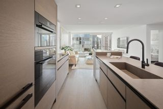 """Photo 8: 2403 620 CARDERO Street in Vancouver: Coal Harbour Condo for sale in """"Cardero"""" (Vancouver West)  : MLS®# R2613755"""